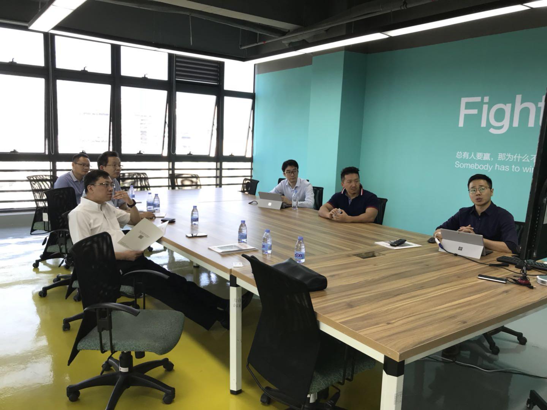 中国医疗器械有限公司总裁一行到访ROBO医疗